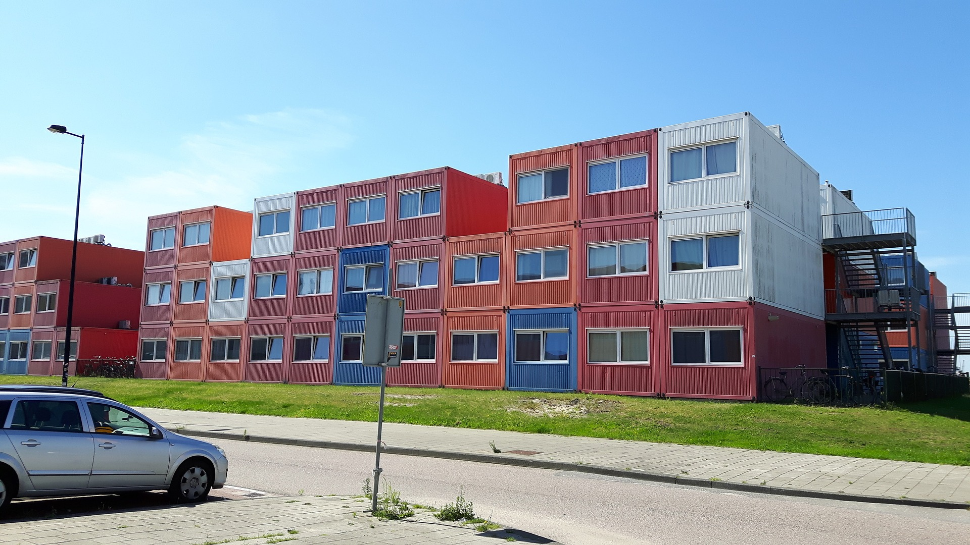 Logements étudiants construits en container aux Pays-Bas.